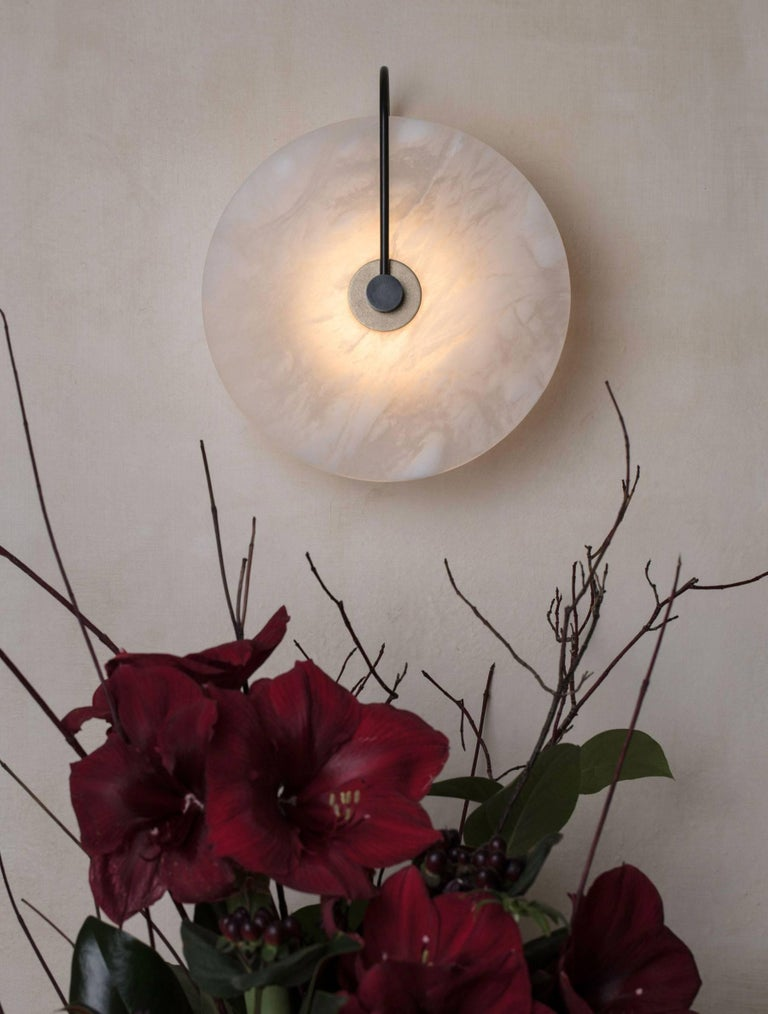ADA Alabaster Sconce In New Condition For Sale In Glen Cove, NY