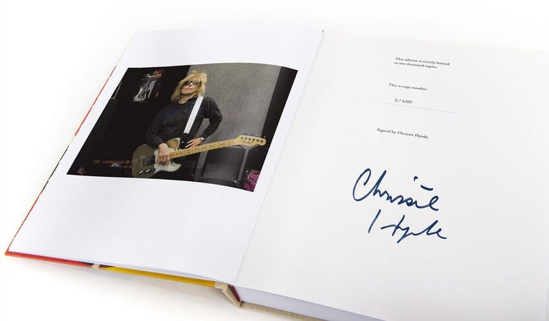 Adding the Blue by Chrissie Hynde, a Signed, Limited Edition Book and Print Set In Excellent Condition For Sale In Guildford, Surrey