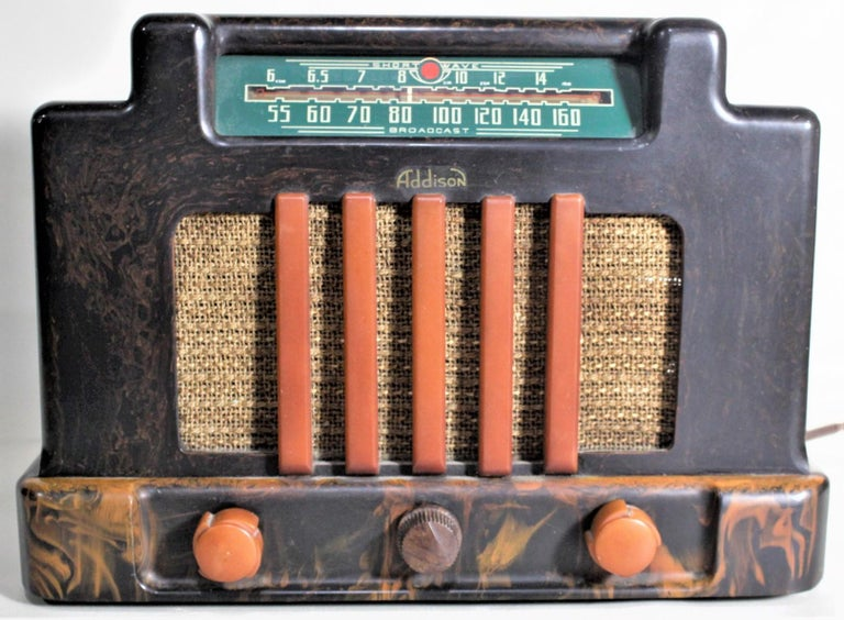 This Art Deco styled vintage tube radio was made by the Addison Industries Ltd. of Canada in circa 1939. This is Addison's Model 5D, otherwise known as the 'Courthouse