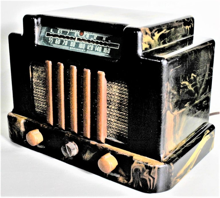 Canadian Addison Model 5D Black & Butterscotch Marbled Catalin 'Courthouse' Tube Radio For Sale