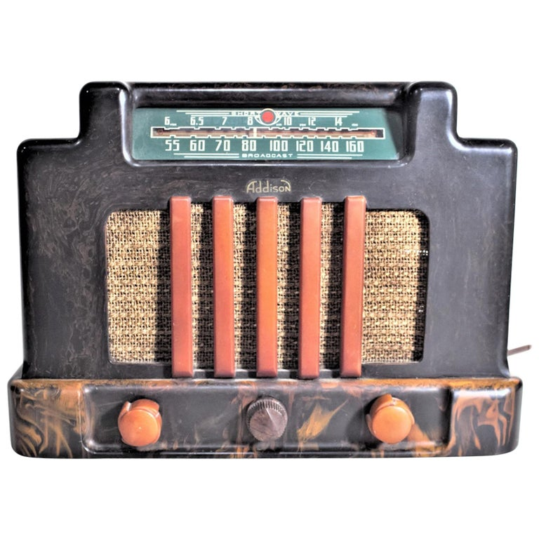 Addison Model 5D Black & Butterscotch Marbled Catalin 'Courthouse' Tube Radio For Sale