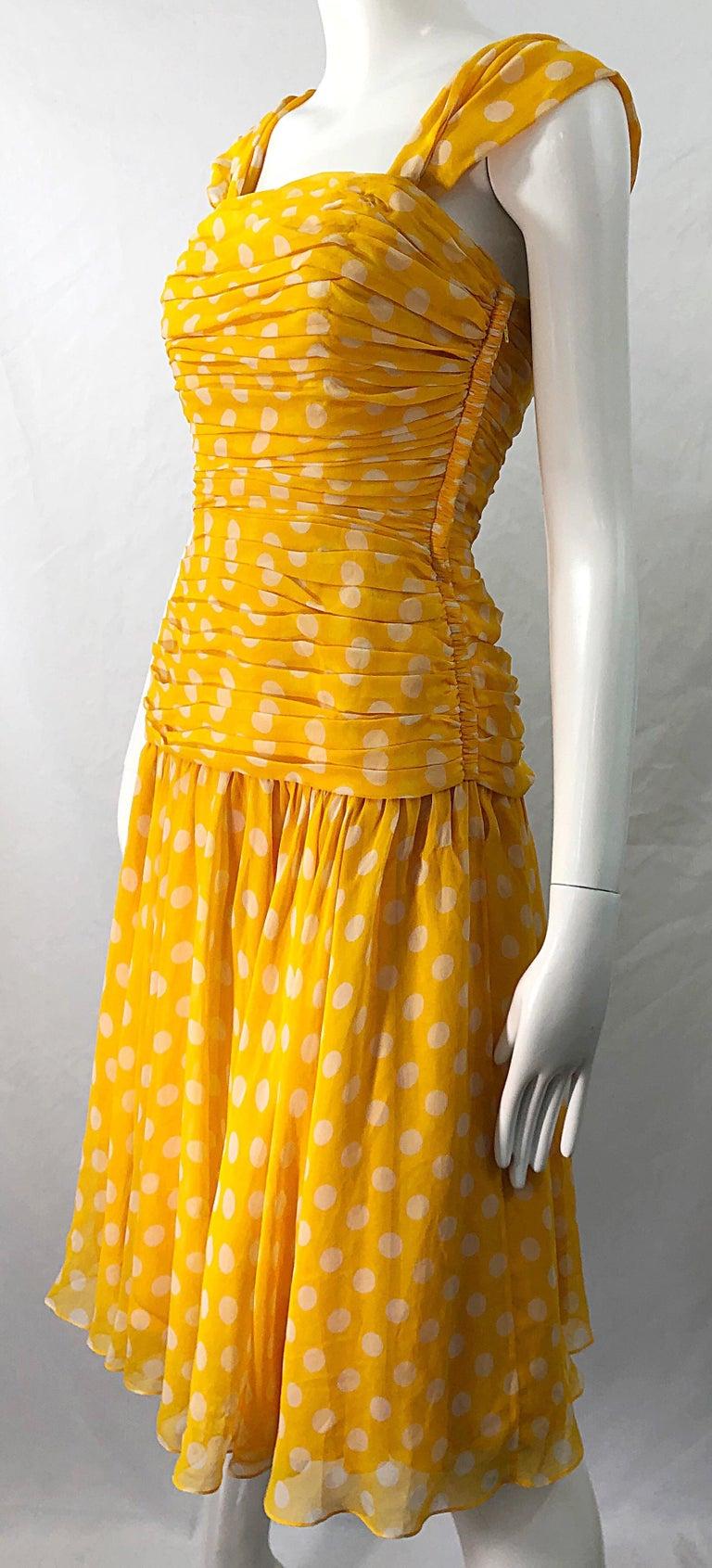 Adele Simpson 1980s Size 4 Yellow White Silk Chiffon Polka Dot Vintage 80s Dress For Sale 5
