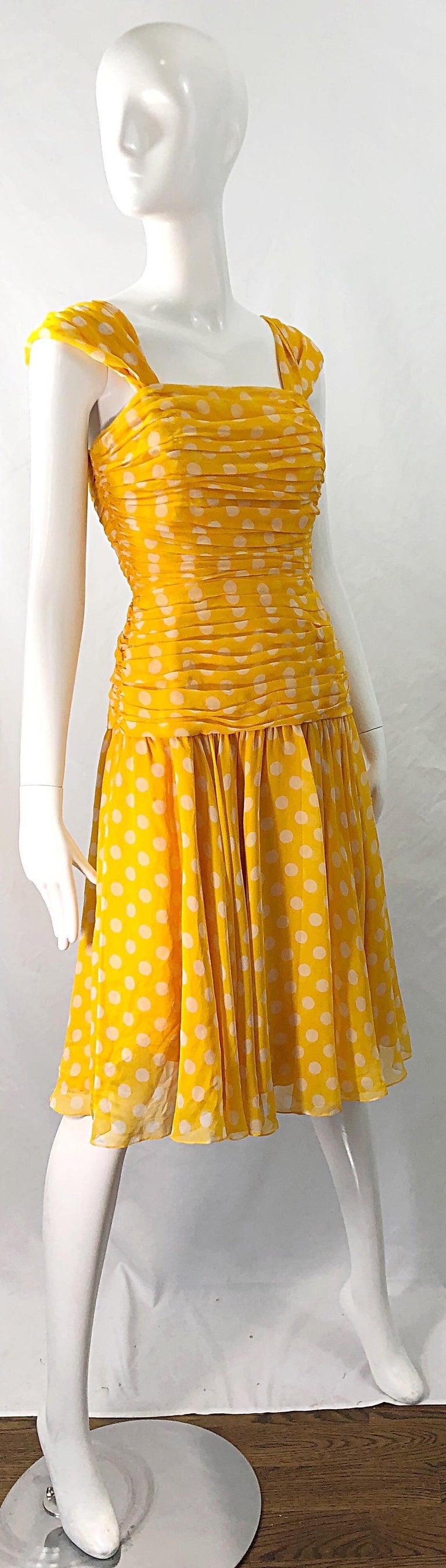 Adele Simpson 1980s Size 4 Yellow White Silk Chiffon Polka Dot Vintage 80s Dress For Sale 6