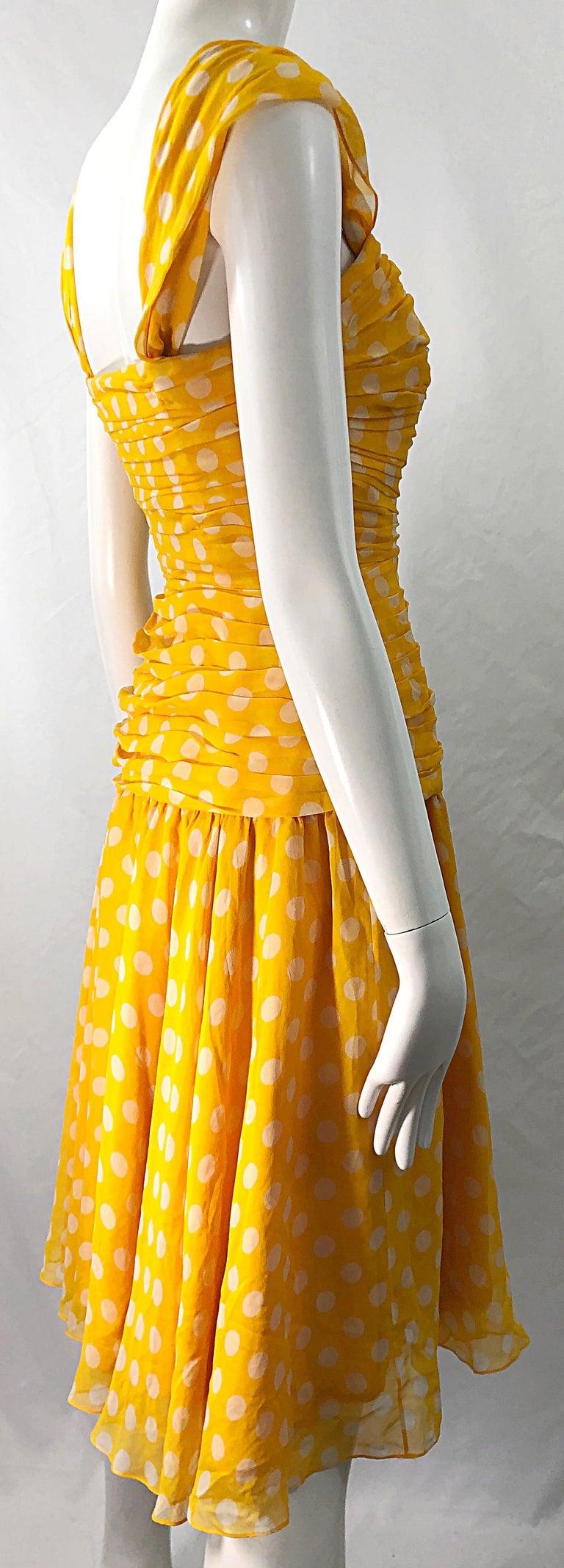 Adele Simpson 1980s Size 4 Yellow White Silk Chiffon Polka Dot Vintage 80s Dress For Sale 7