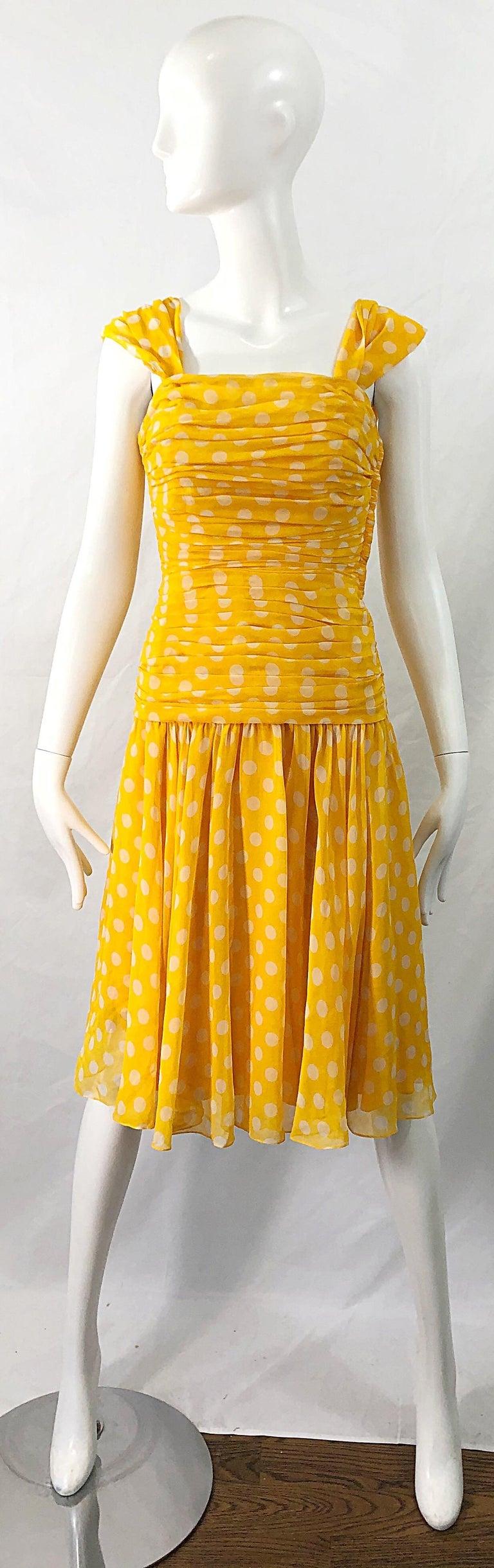 Adele Simpson 1980s Size 4 Yellow White Silk Chiffon Polka Dot Vintage 80s Dress For Sale 9