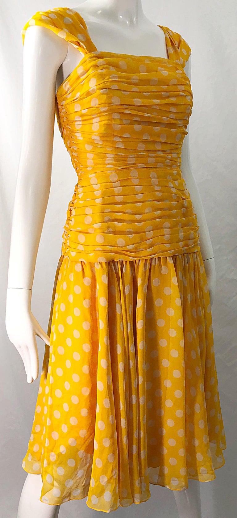 Adele Simpson 1980s Size 4 Yellow White Silk Chiffon Polka Dot Vintage 80s Dress For Sale 2