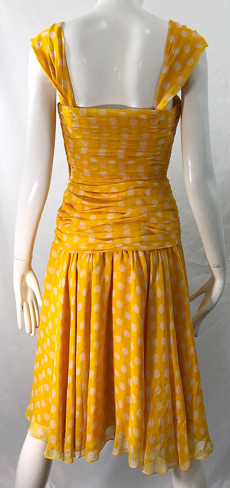 Adele Simpson 1980s Size 4 Yellow White Silk Chiffon Polka Dot Vintage 80s Dress For Sale 3