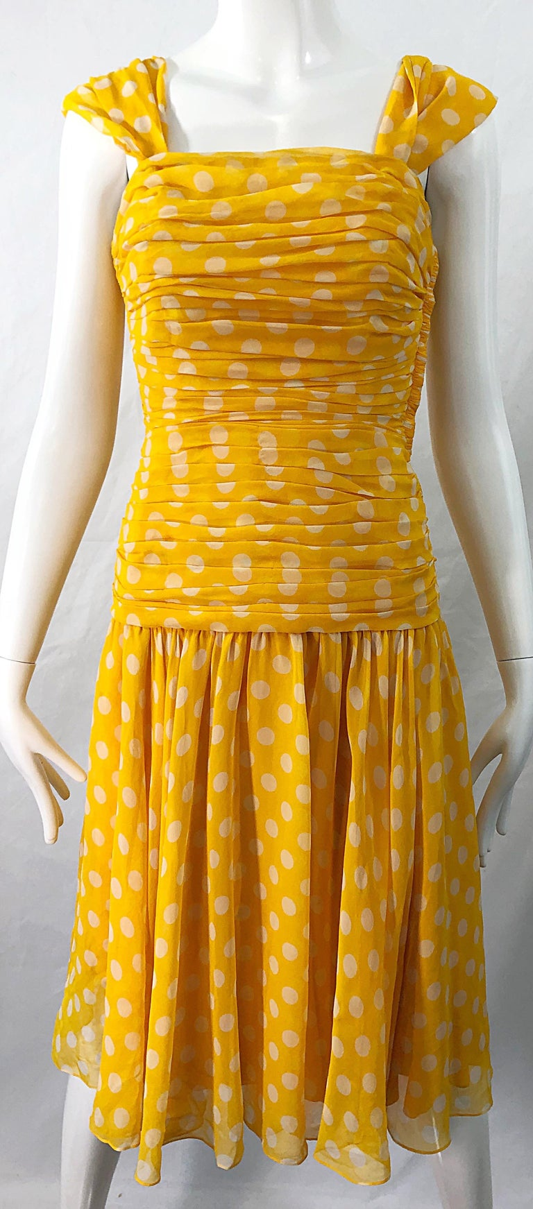 Adele Simpson 1980s Size 4 Yellow White Silk Chiffon Polka Dot Vintage 80s Dress For Sale 4