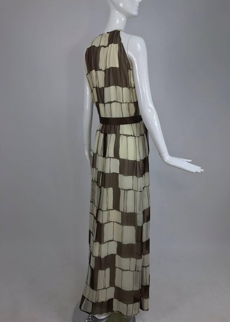 Adele Simpson brown and white silk chiffon halter maxi dress, 1970s In Excellent Condition For Sale In West Palm Beach, FL