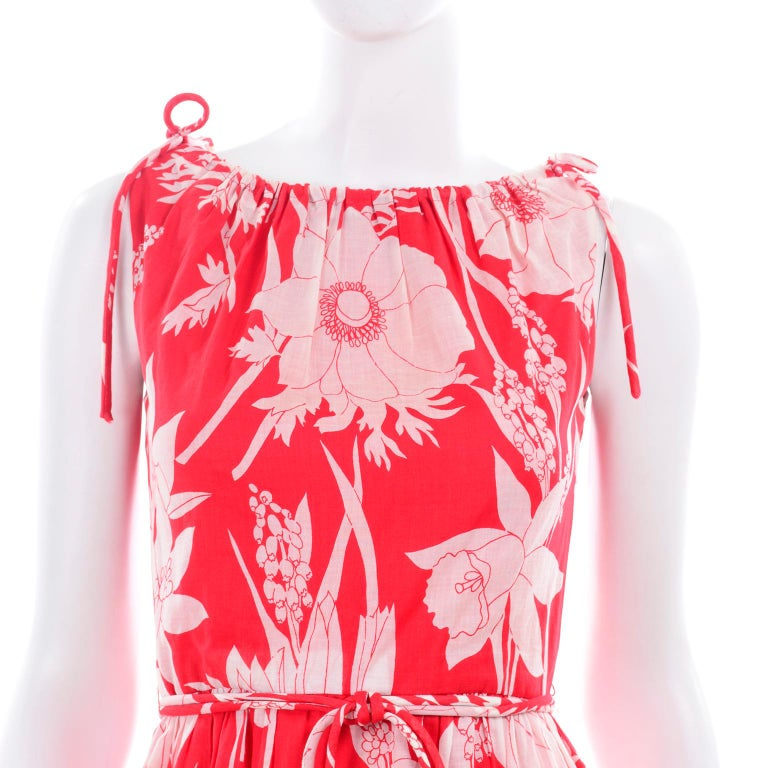 Adele Simpson Vintage 1970s Dress & Cape in Red & White Cotton Floral Print  For Sale 5