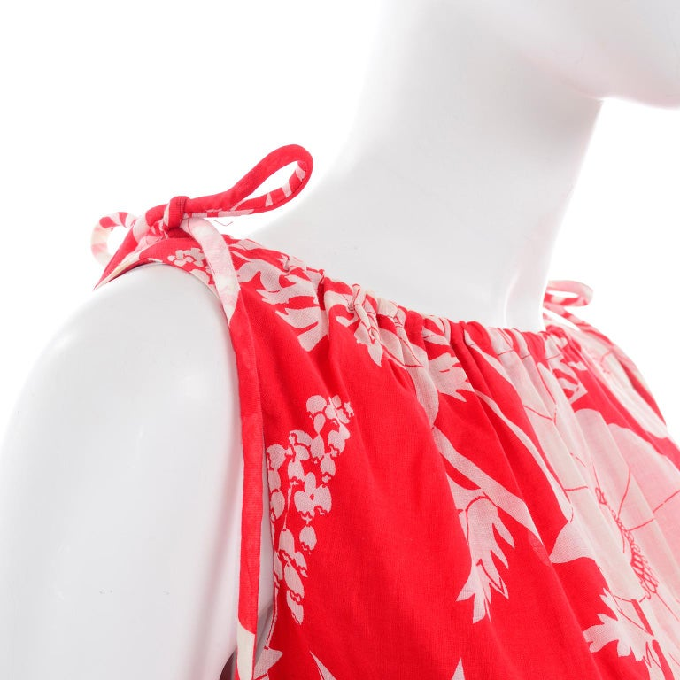 Adele Simpson Vintage 1970s Dress & Cape in Red & White Cotton Floral Print  For Sale 6