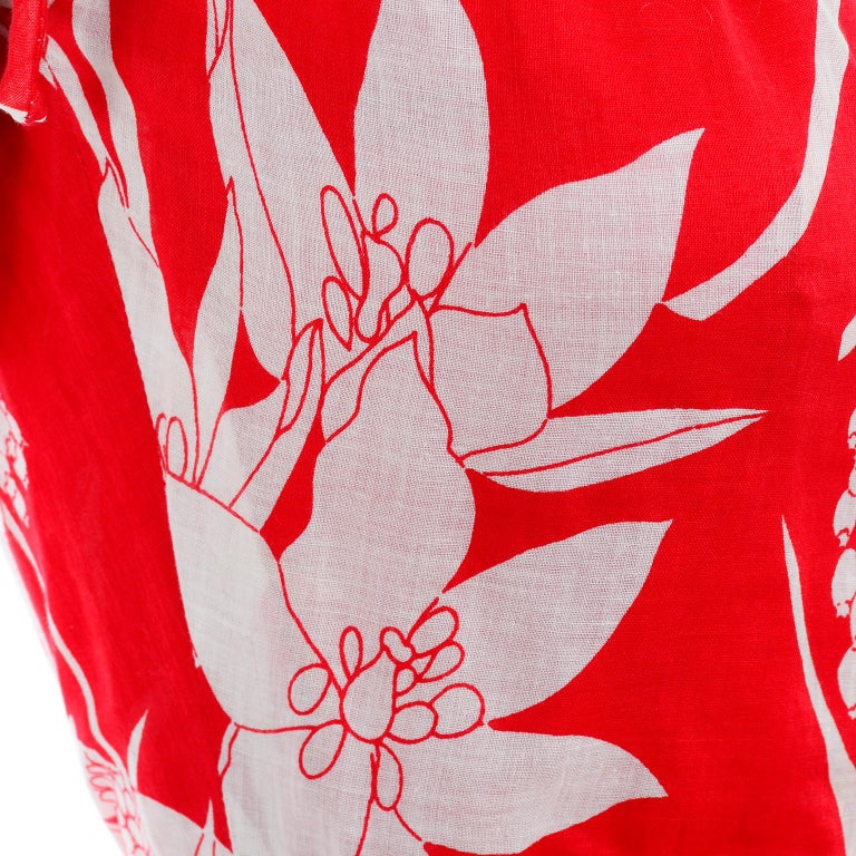 Adele Simpson Vintage 1970s Dress & Cape in Red & White Cotton Floral Print  For Sale 7