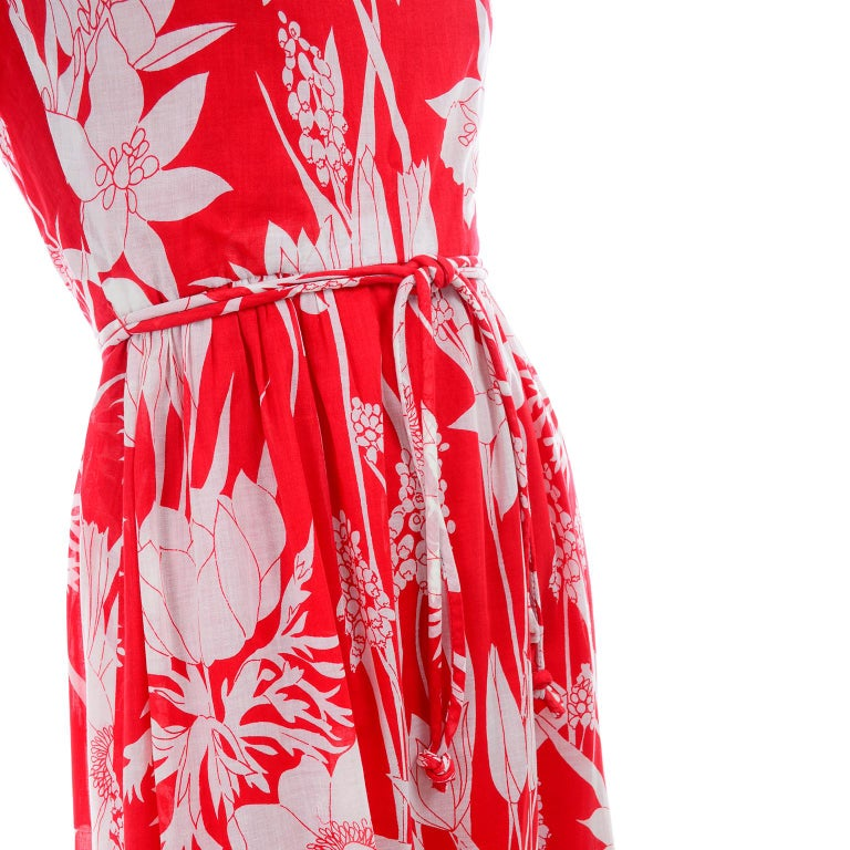 Adele Simpson Vintage 1970s Dress & Cape in Red & White Cotton Floral Print  For Sale 8
