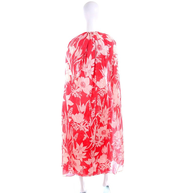 Adele Simpson Vintage 1970s Dress & Cape in Red & White Cotton Floral Print  For Sale 2