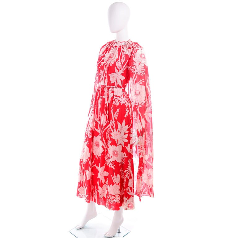 Adele Simpson Vintage 1970s Dress & Cape in Red & White Cotton Floral Print  For Sale 3