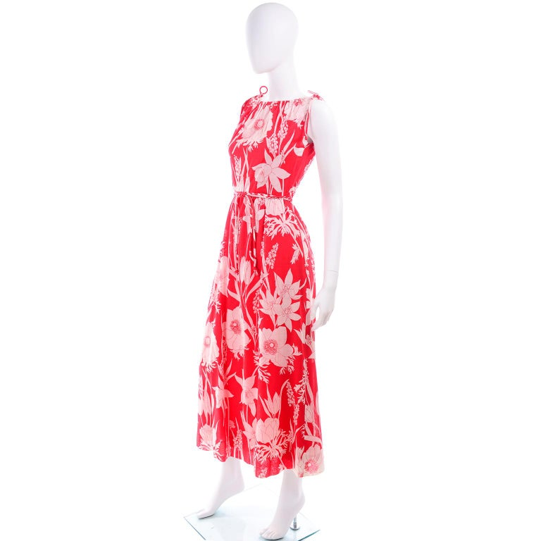 Adele Simpson Vintage 1970s Dress & Cape in Red & White Cotton Floral Print  For Sale 4