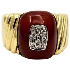 Adioro Gold Ring with Carnelian and Diamonds