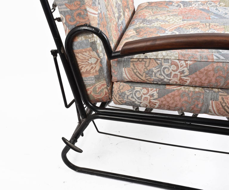 Adjustable Bed Armchair with Marcel Breuer Style Metal and Wood Structure, 1930s In Fair Condition For Sale In Roma, IT