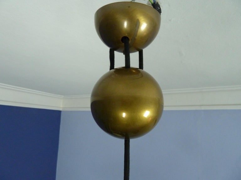 Adjustable Brass Pendant Onos55 by Florian Schulz with a Central Counterweight For Sale 3