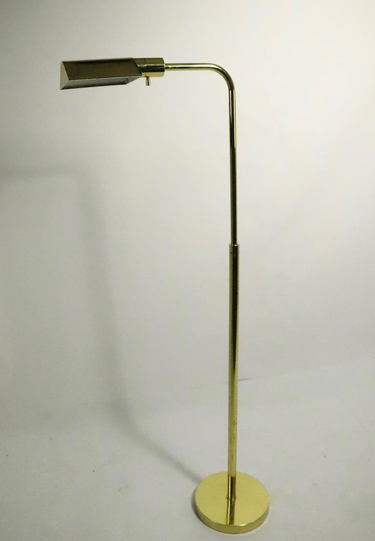Adjustable Brass Pharmacy Lamp by JPF Mendizabal for Industria Argentina In Good Condition For Sale In New York, NY
