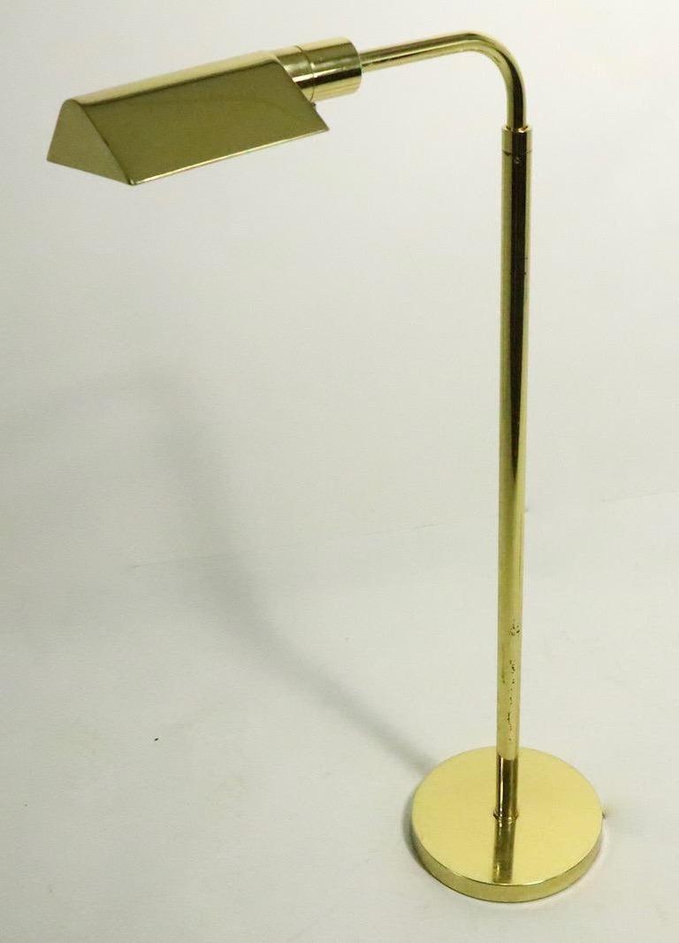 Adjustable Brass Pharmacy Lamp by JPF Mendizabal for Industria Argentina For Sale 1