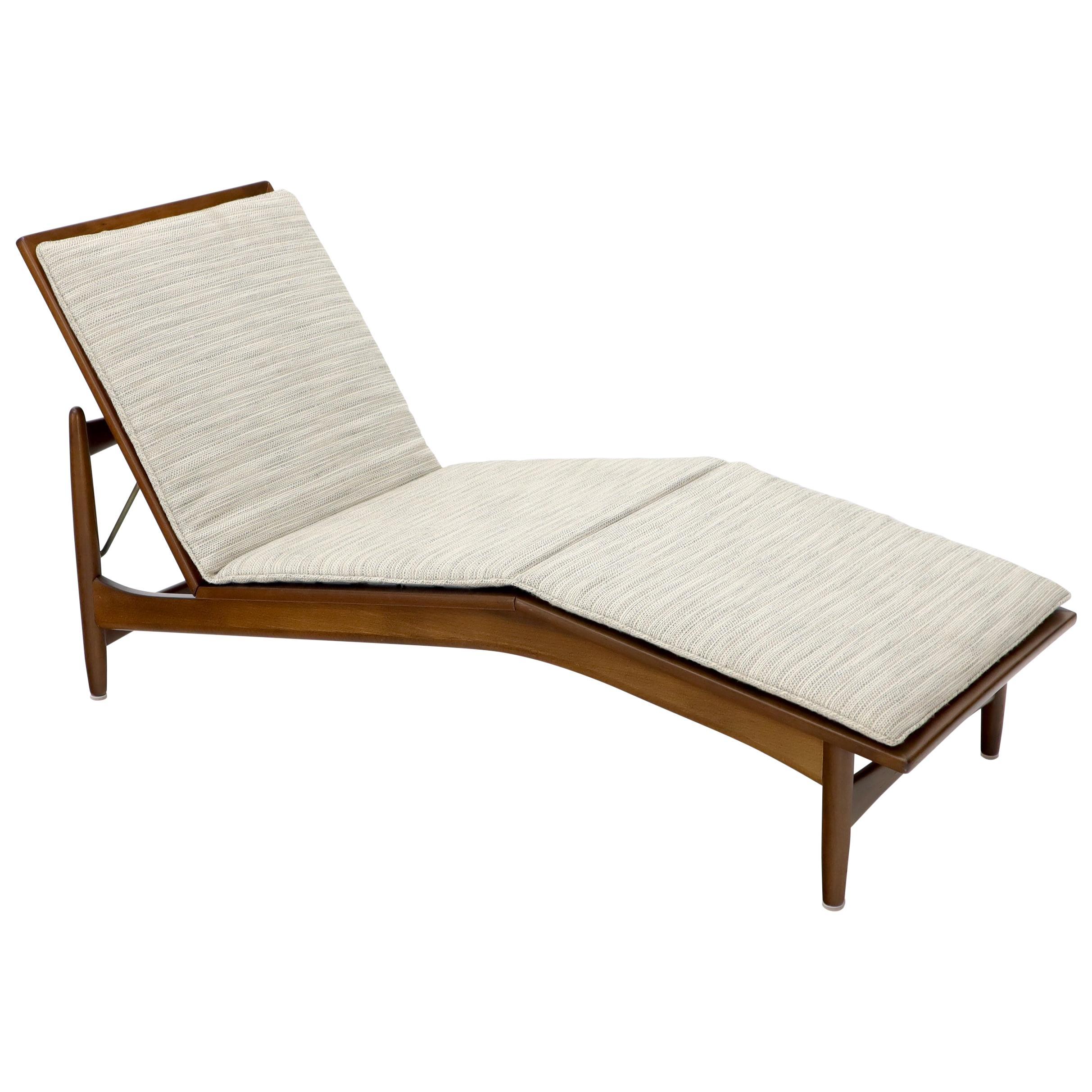 Adjustable Danish Mid-Century Modern Chaise Lounge by Selig