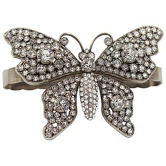 Adjustable Gucci bracelet, butterfly. Silver and rhinestones
