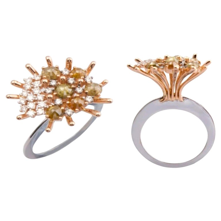 Admiration Comes Naturally with Contemporary Yellow and White Diamond Gold Ring For Sale