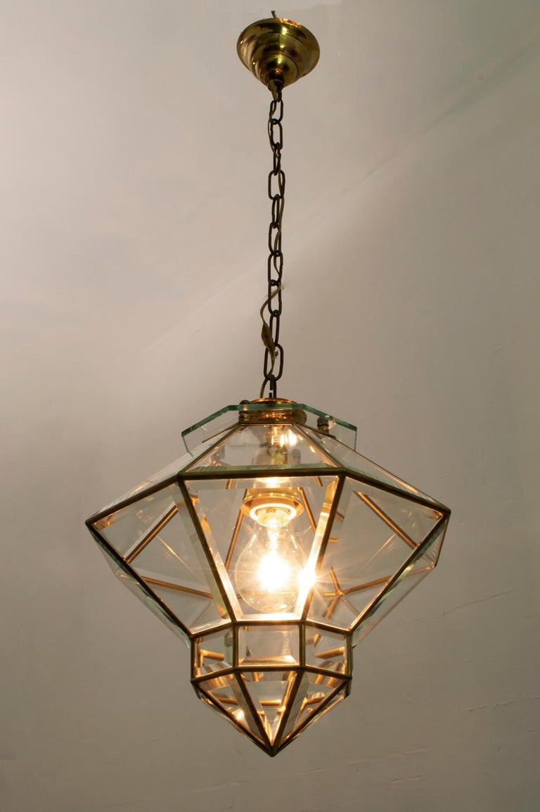 Adolf Loos Art Nouveau Brass and Beveled Glass Pendant Light for Knize, 1905 In Good Condition For Sale In Cerignola, Italy Puglia