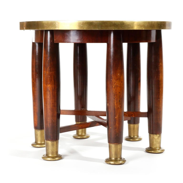 A fantastic and extremely rare 'Haberfeld' table with six legs manufactured by Friedrich Otto Schmidt, Vienna, in 1900s.