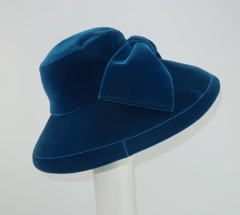 Adolfo Peacock Blue Velvet Wide Brim Hat With Bow, C.1960 For Sale 2