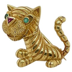 Adorable Gold Emerald Ruby Tiger Brooch