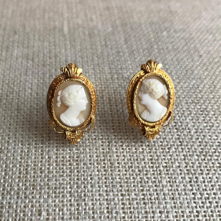 Froment-Meurice Set in 18 Carat, Yellow Gold and Cameo, 19th Century For Sale 9