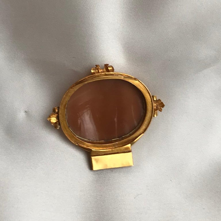 Froment-Meurice Set in 18 Carat, Yellow Gold and Cameo, 19th Century In Good Condition For Sale In Paris, FR