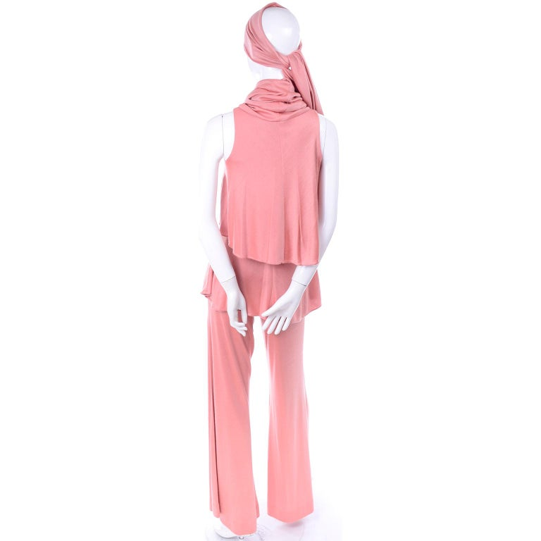 Adri Mary Adrienne Steckling Coen Vintage Coral Pink Outfit W Pants Top & Scarf For Sale 4