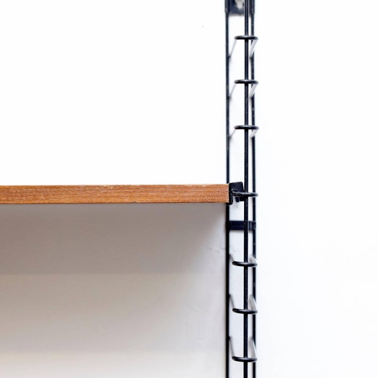 Adriaan Dekker for Tomado Three Modular Wall Hanging Shelves, 1958 In Good Condition For Sale In Barcelona, Barcelona