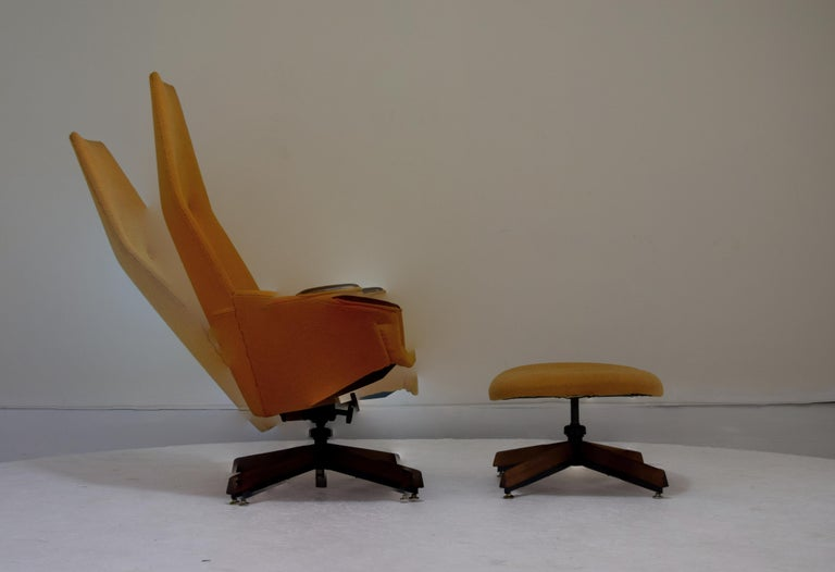 Mid-Century Modern Adrian Pearsall Chair and Ottoman Signed with Original Fabric For Sale