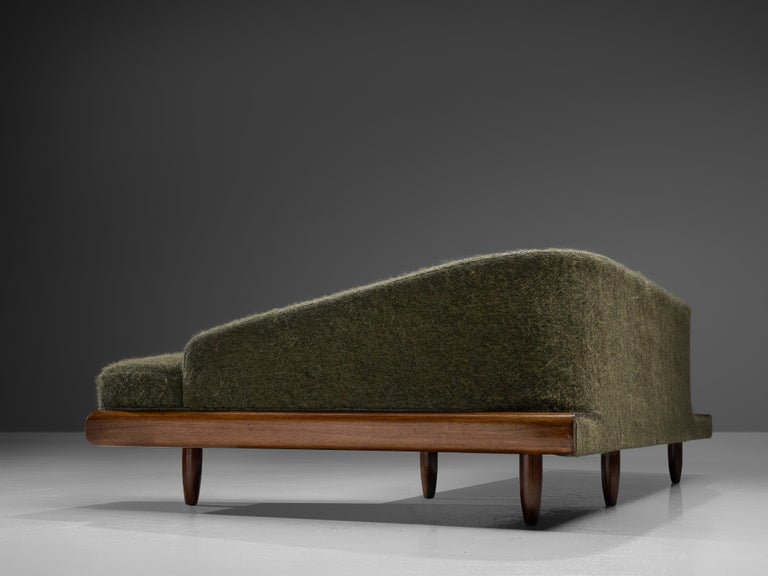 Adrian Pearsall Grand Boomerang Sofa Upholstered in Green Wool In Excellent Condition For Sale In Waalwijk, NL