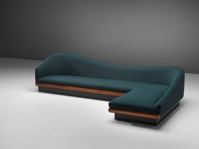 Adrian Pearsall Restored and Reupholstered 'Cloud' Sofa In Excellent Condition For Sale In Waalwijk, NL