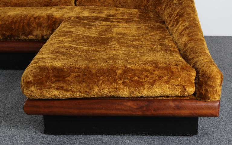 Adrian Pearsall Two-Part Sofa for Craft Associates, 1950s In Good Condition In Hamburg, PA
