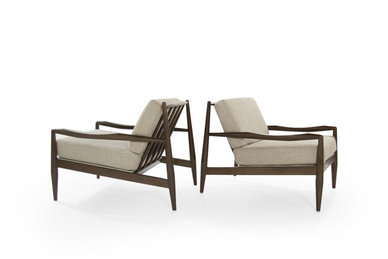 20th Century Adrian Pearsall Walnut Lounge Chairs, Model 834-C, circa 1950s For Sale