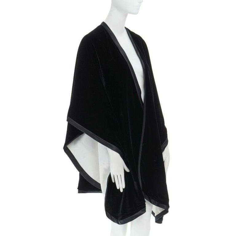 Women's ADRIENNE LANDAU black velvet white silk lined cape poncho shawl jacket For Sale