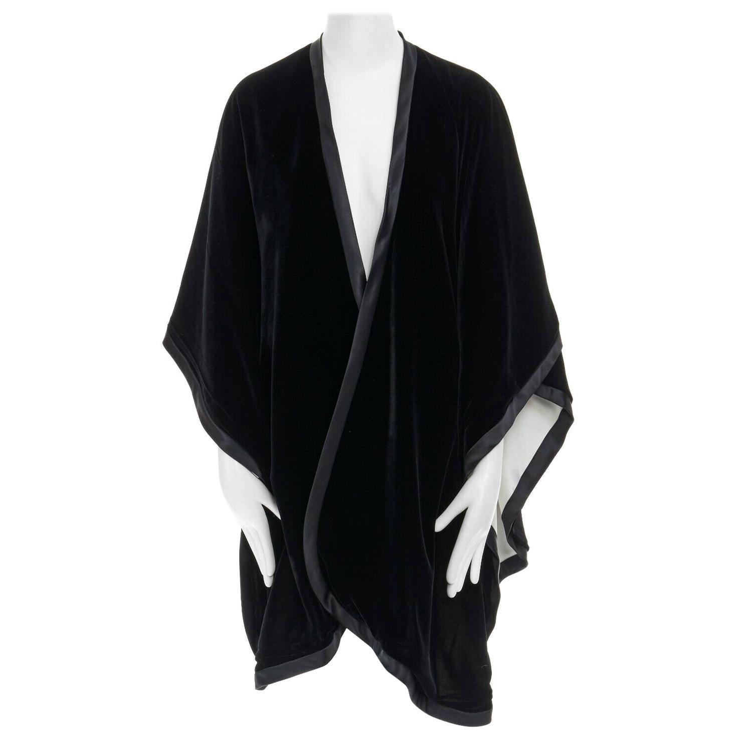 ADRIENNE LANDAU black velvet white silk lined cape poncho shawl jacket