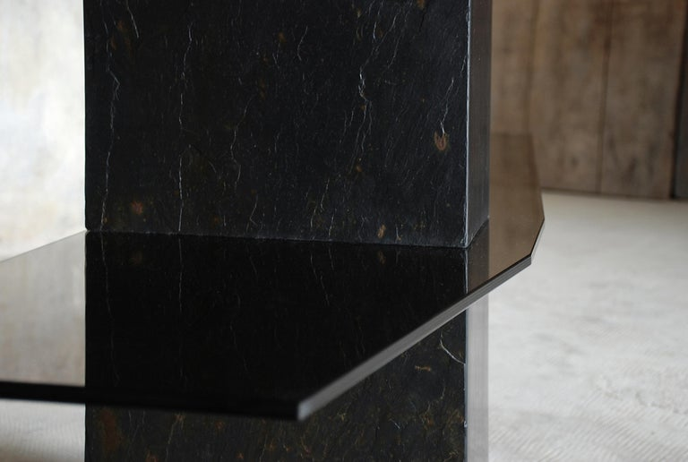 Frederic Saulou, adroit sculpted console shelf Materials: Tre´laze´ black slate, gray smoked glass. Dimensions: 90 x 157 x 35 cm. Edition of 8. Signed and numbered.