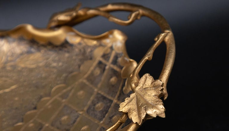 Aesthetic Movement Gilt Vide-Poche with Bird In Excellent Condition For Sale In New York, NY