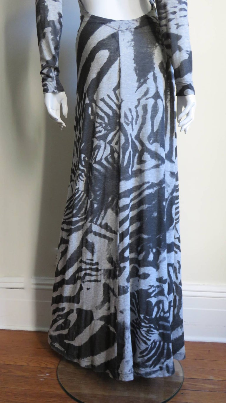 Aexander McQueen Backless Maxi Dress For Sale 7