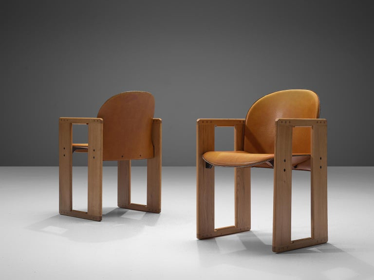 Afra and Tobia Scarpa Dialogo Cognac Leather Dining Chairs In Good Condition For Sale In Waalwijk, NL