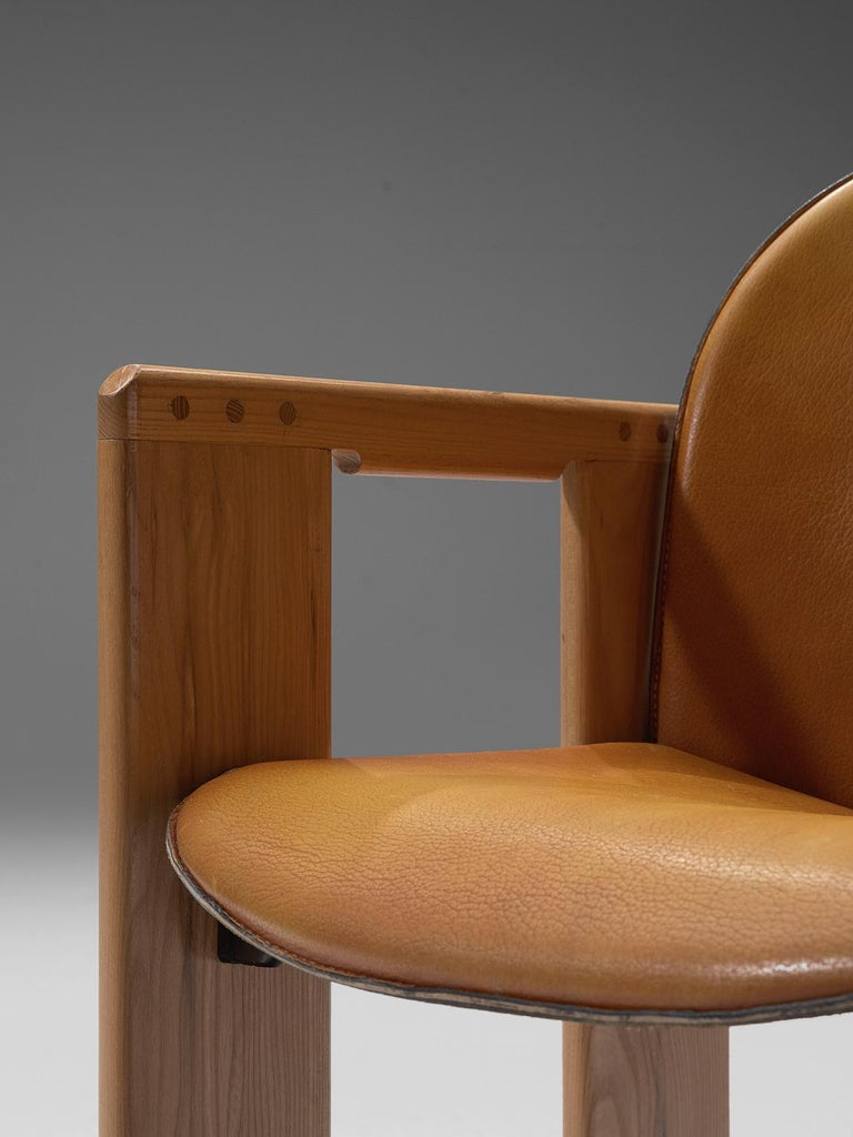 Late 20th Century Afra and Tobia Scarpa Dialogo Cognac Leather Dining Chairs For Sale