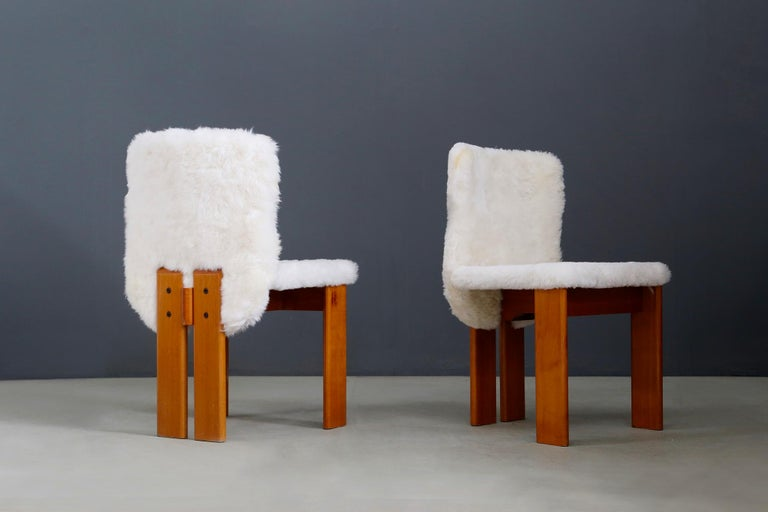 Mid-Century Modern Afra e Tobia Scarpa Set of Six Chair Midcentury in Fur and Wood, 1970s For Sale