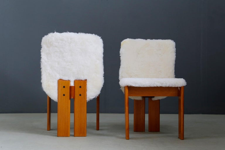 Late 20th Century Afra e Tobia Scarpa Set of Six Chair Midcentury in Fur and Wood, 1970s For Sale